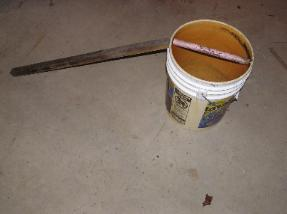 homemade mouse trap bucket of water